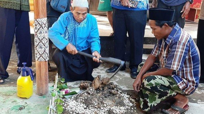 Ada Kuburan Janin Ratu di Kontrakan Toto Santoso Raja Keraton Agung Sejagat