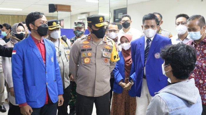 1.000 Mahasiswa UMP Purwokerto Ikuti Vaksinasi Kerjasama Kampus dengan Polda Jateng