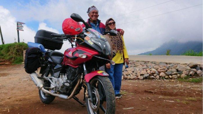 Genda dan Lulu Biker Asal Tangerang, Isi Masa Tua dengan Menjelajah Gunakan Kuda Besi