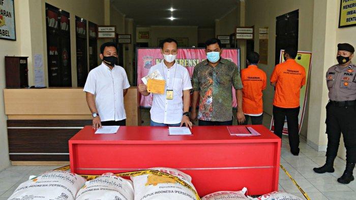 Pupuk Subsidi Dijual Pengecer Ilegal di Karanganyar, Beli dari Distributor Resmi Sukoharjo
