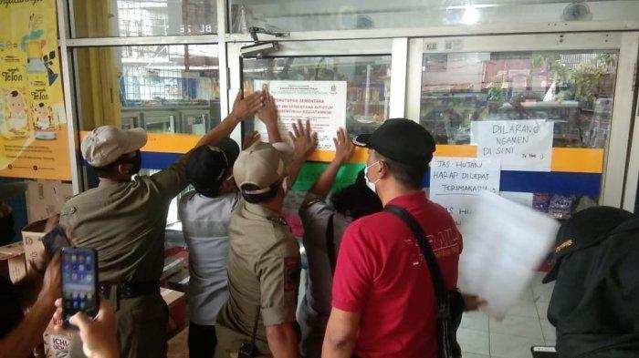 Satpol PP Semarang Sementara Tutup Toko Grosir Saat Gerakan Jateng di Rumah Saja
