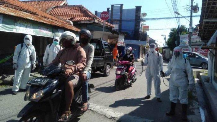 Kompak, Masyarakat Mintaragen Tegal Gotong Royong Sterilisasi Kampung Secara Swadaya