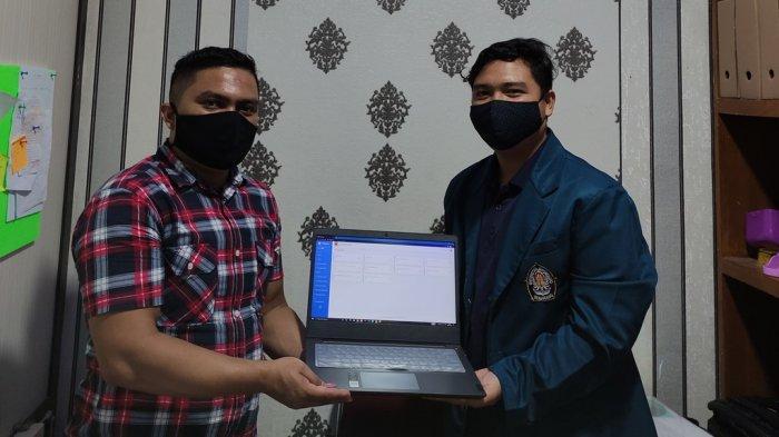 Penyerahan aplikasi secara simbolis kepada pihak Nagari Minangkabau