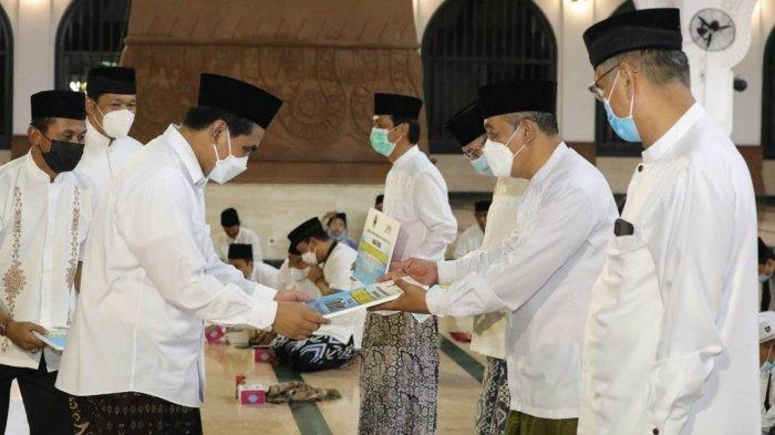 Pemprov Jateng Serahkan Rp 281 Miliar untuk Guru Agama & Madrasah Aliyah