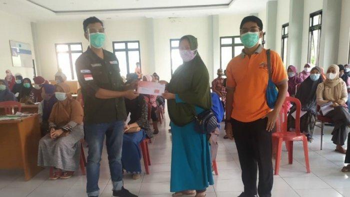 Sebanyak 1.752 KPM di Karanganyar Terima Kartu Keluarga Sejahtera, Bisa Ditukar Sembako Gratis