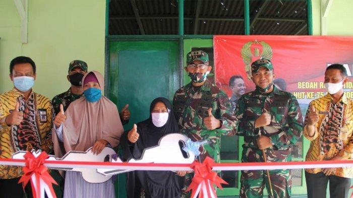 Bahagianya Parti dan Sutinem Warga Sragen Dapat Bantuan dari KSAD Jenderal TNI Andika Perkasa