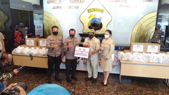 Polda Jateng Terima Bantuan 1.500 Paket Sembako dan 10 Ribu Masker