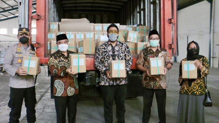 Surat Suara untuk Pilwakot Semarang 2020 Tiba di Gudang KPU, Nanda: Kami Sudah Sortir Lipat