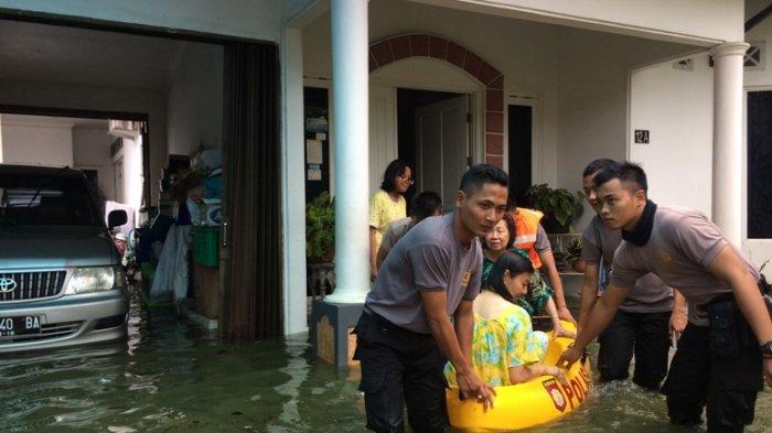 1.640 Orang Korban Banjir di Pekalongan Utara Masih Mengungsi