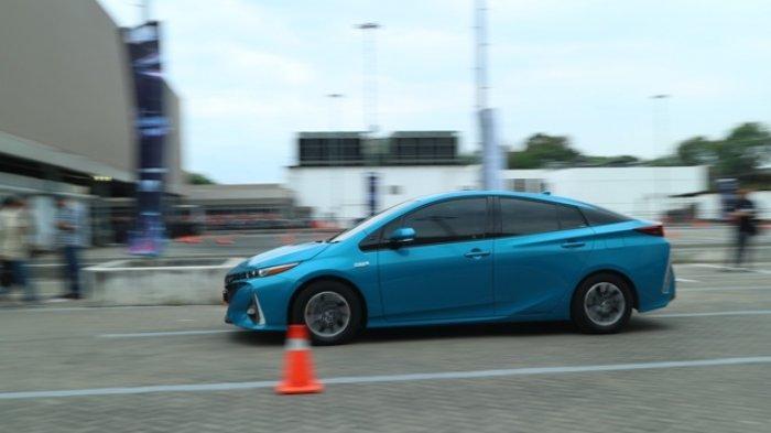 Toyota bakal Produksi Kendaraan Listrik di Indonesia Mulai 2022