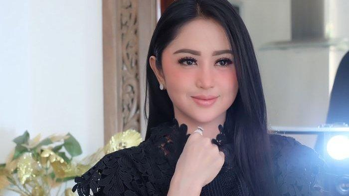 Soal Aldi Taher Sindir Deddy Corbuzier, Dewi Perssik: Segala Sesuatu Harus Pakai Adab