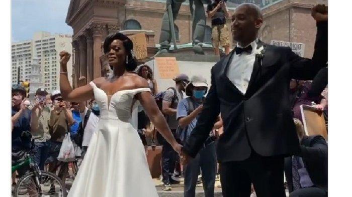 VIDEO: Pernikahan Unik di Sela-sela Demo Protes George Floyd