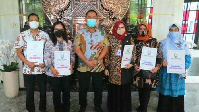 Perpustakaan Unika Terima Anugerah Juara II Stan Pameran Festival Literasi Virtual Kota Semarang