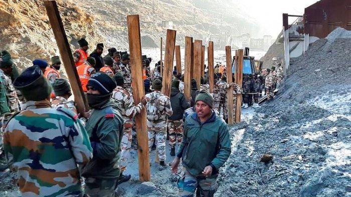 Gletser Himalaya Longsor Picu Banjir Bandang, 14 Orang Tewas dan 170 Lainnya Hilang