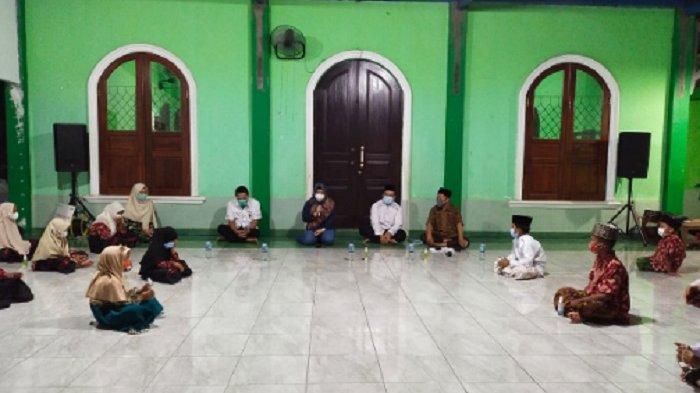 Pertamina Regional Jawa Bagian Tengah (JBT) melakukan kunjungan dan kegiatan doa bersama di tiga Panti Asuhan yang berada di Kota Semarang pada Jumat (2/3) dan Minggu (4/3).