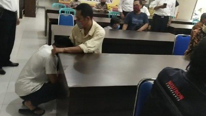 Perusuh yang DItangkap di Kebumen Dihipnotis Kapolres, Endingnya Nangis Sungkem ke Orang Tua