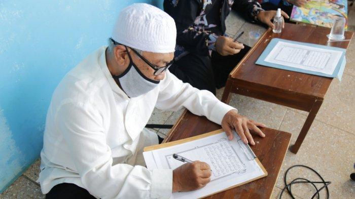 Mengintip Aktivitas Menulis Al Quran di Ponpes Mumtaza Banjarnegara, 1 Jam 1 Halaman