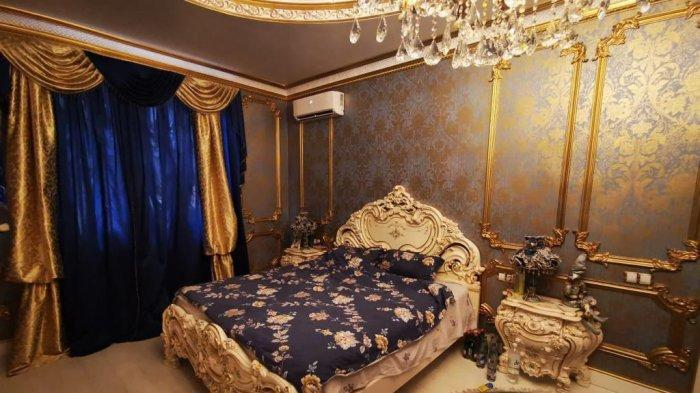 Petugas anti-korupsi yang menyelidiki Safonov telah merilis gambar properti itu, lengkap dengan toilet, bidet, dan wastafel berlapis emas murni.