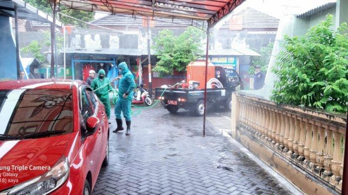 BPBD Kota Semarang Mulai Lakukan Penyemprotan Disinfektan di TPS
