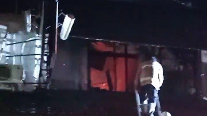 Toko Kertas di Kranggan Semarang Ludes Terbakar, Sumber Api Diduga dari Korsleting Listrik