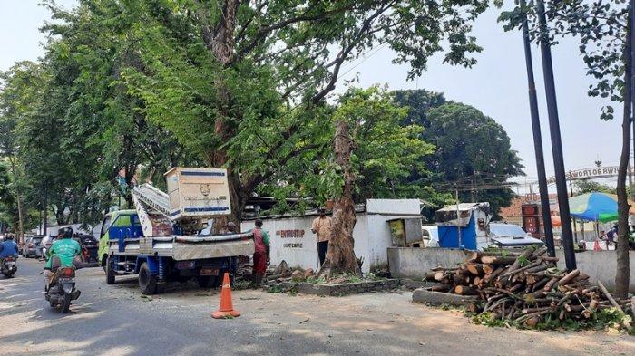 Pemkot Semarang Tata Lingkungan Belakang Balai Kota, Jalan Diperlebar Atasi Parkir Liar