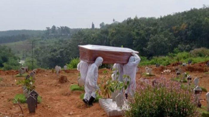Ketersediaan Lahan Pemakaman Jenazah Pasien Covid-19 di TPU Jatisari Mijen Makin Menipis.