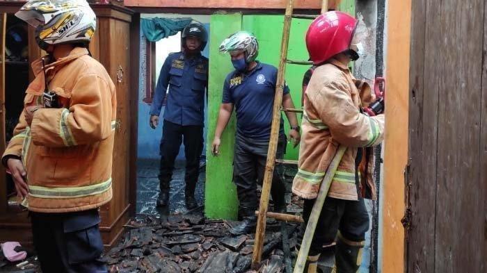 Rumah Tulus Terbakar Gara-gara HP Meledak Saat Dicas, Panik Lihat Anak Masih Tidur