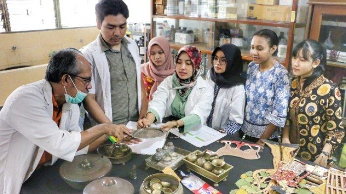 Undip Sisihkan UGM dan UI, Ini Daftar Kampus Indonesia dengan Lulusan Siap Kerja Versi QS WUR 2020