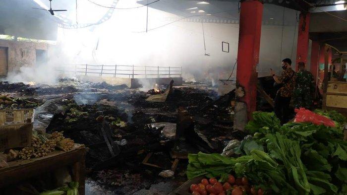 Pasar Wage Purwokerto Terbakar, 10 Mobil Damkar dan 3 Truk Tangki Air di Kerahkan