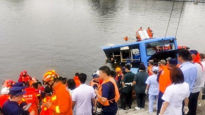 Dilatarbelakangi Balas Dendam Sopir, Bus Terjun ke Waduk dan Bunuh 21 Penumpang