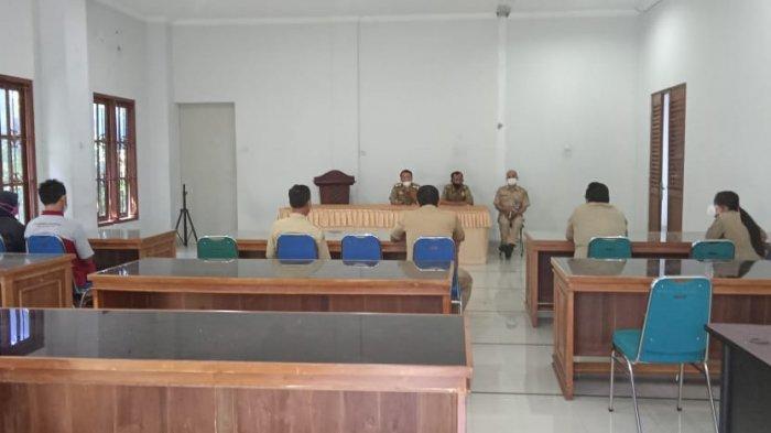 PPKM Darurat, KTP 12 Warga di Karanganyar Ditahan Sementara Lantaran Tepergok Makan di Warung