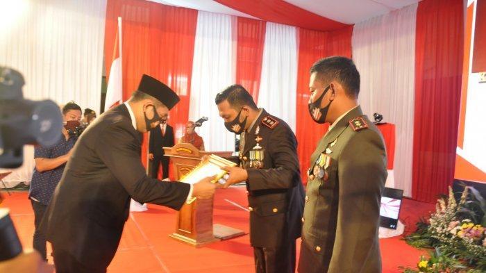 Bupati Jekek Beri Penghargaan Polres Wonogiri Bertepatan Peringatan HUT ke-74 Bhayangkara
