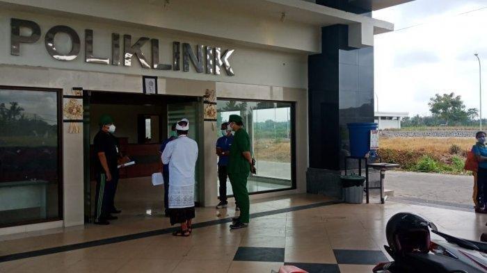 Tenaga Kesehatan Dibuat Ketakutan saat Seorang Pasien Covid-19 Tiba-Tiba Mengamuk di Rumah Sakit