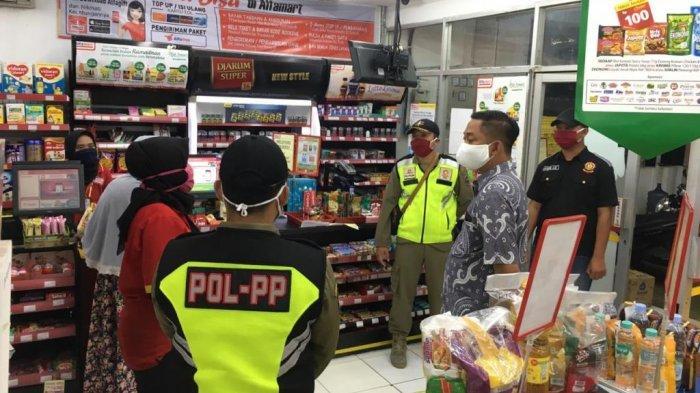 Banyak Penjual Takjil,Satpol PP Karanganyar Lakukan Upaya Persuasif