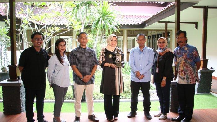 Bupati Pekalongan Fadia Arafiq Sambut Pimpinan Tribunjateng.com