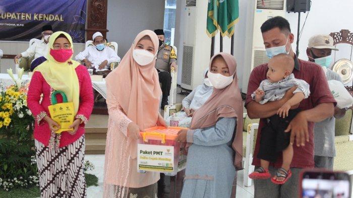 Pemkab Kendal Salurkan 303 Paket Makanan Balita Selama 3 Bulan