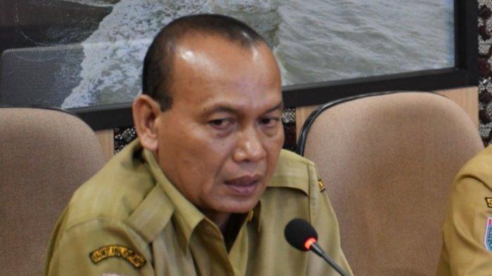 Plt Dinas Perumahan dan Kawasan Pemukiman (Perkim) Kabupaten Batang, Ari Yudianto saat rapat koordinasi dengan Bupati Wihaji beberapa waktu lalu.