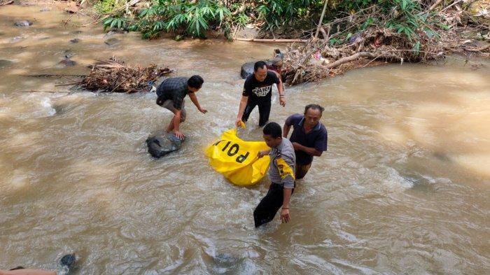 Geger Penemuan Mayat Perempuan di Sungai Onggok Purbalingga