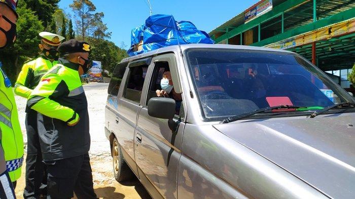 Pengendara Belum Diminta Putar Balik Saat Melintas di Pos Cemoro Kandang Karanganyar