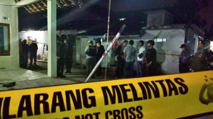 Kronologi FA Ditikam Bertubi-tubi saat Salat Tahajud, Suami Menghilang Kini Diburu Polisi