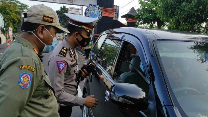 Larangan Mudik, Polres Purbalingga Lakukan Penyekatan dan Pemeriksaan Kendaraan di Setiap Perbatasan