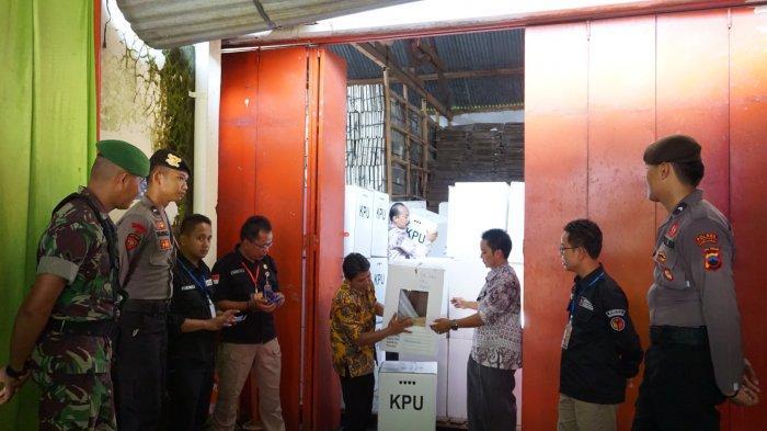 Polres Purbalingga Perketat Pengamanan Rekapitulasi Hasil Pemilu 2019 di Kantor KPU