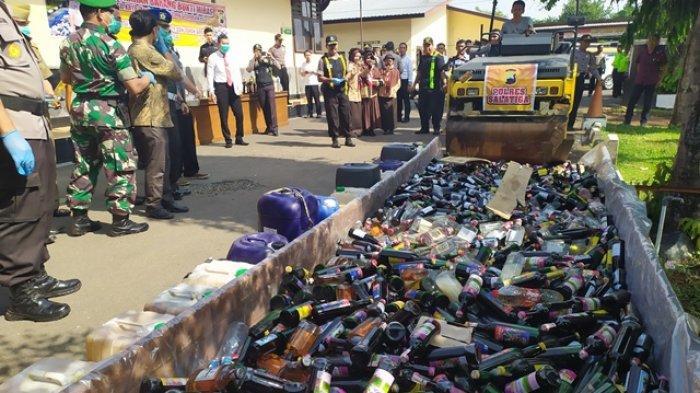 Dari Anggur Merah hingga Arak Dimusnahkan Polres Salatiga, Total 2.471 Botol