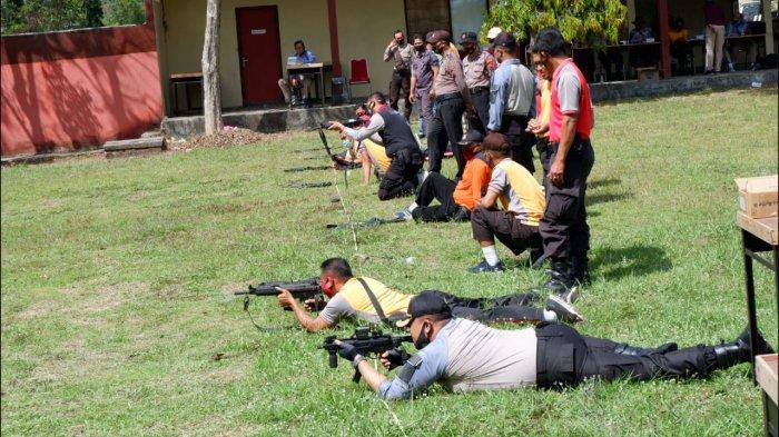 Polres Semarang Latihan Menembak Dipimpin AKBP Gatot Hendro