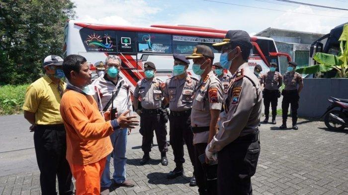 Virus Corona, Polisi Bubarkan Resepsi Nikah di Purwokerto, Tamu 4 Bus dari Wonogiri-Solo Dipulangkan