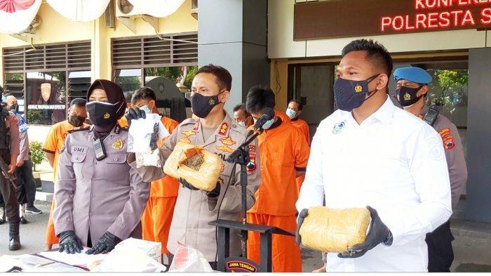 Satresnarkoba Polresta Solo Amankan Ganja Seberat 2 Kilogram dan Sabu 46 Gram Selama Juni 2021