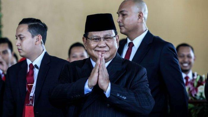 Prabowo Enggan Bicara Politik Sejak Jadi Menteri, Ada Apa?