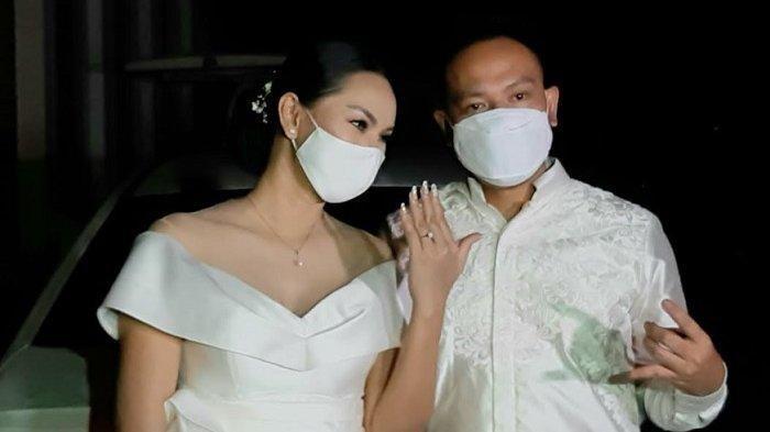 Belum Dapat Tandatangan Ayah Jadi Penyebab Pernikahan Kalina dan Vicky Prasetyo Batal, Tak Direstui?