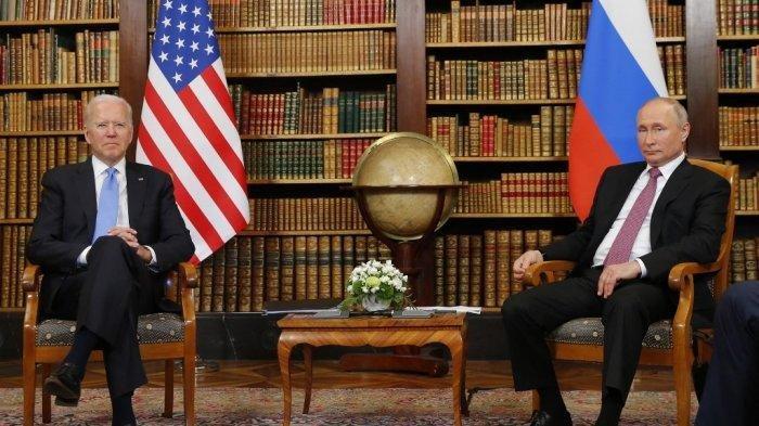 Joe Biden Beri Vladimir Putin Kenang-kenangan Kacamata Hitam dalam Pertemuan di Jenewa