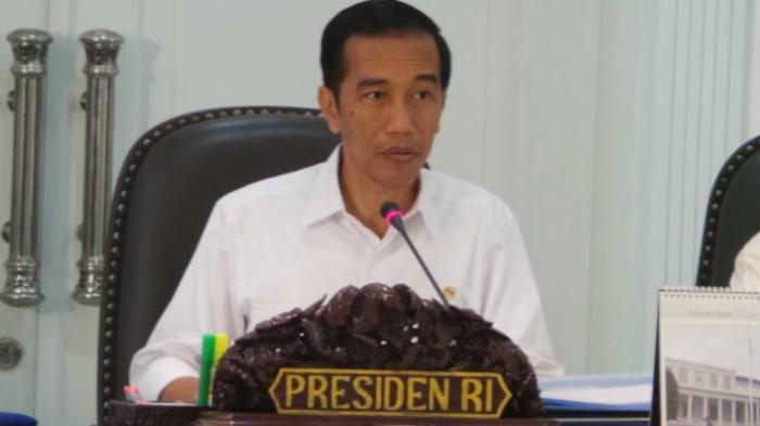 Viral Video Presiden Jokowi Menangis di Hadapan Warga NTT Korban Bencana Badai Seroja